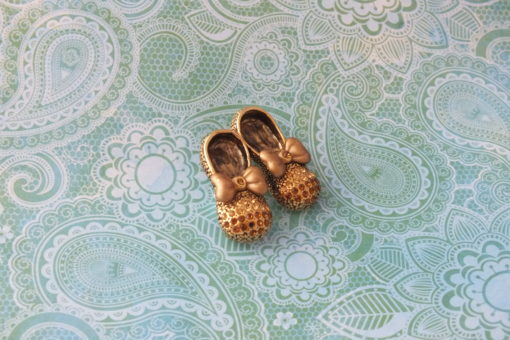Baby Bow Golden Shoes Brooch